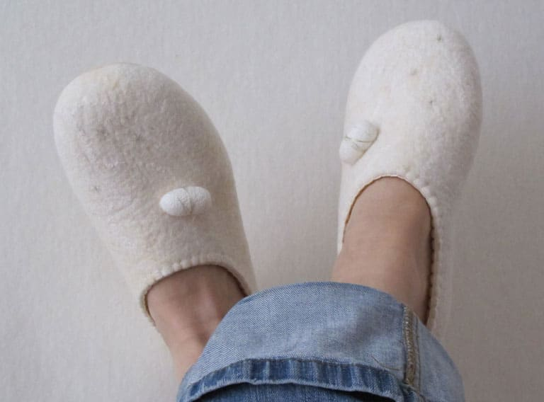 bc639af26c2eb6 Schuhe fürs Yoga oder auch einfach um die warmen Füße hoch zu legen. Ich  habe fest vor mir verschiedene Hausschuhe für das neue Jahr zu machen  ...
